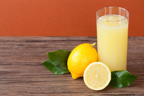 Warm Water mixed with Lemon Juice, Image taken from Yandex.com