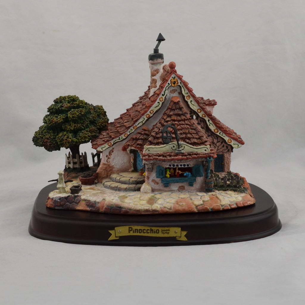 WDCC Enchanted Places Pinocchio Gepetto's Toy Shop with Base