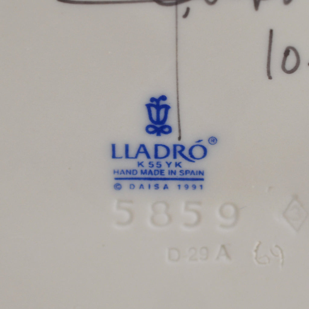 Lladro At The Ball Figurine 5859 with Box