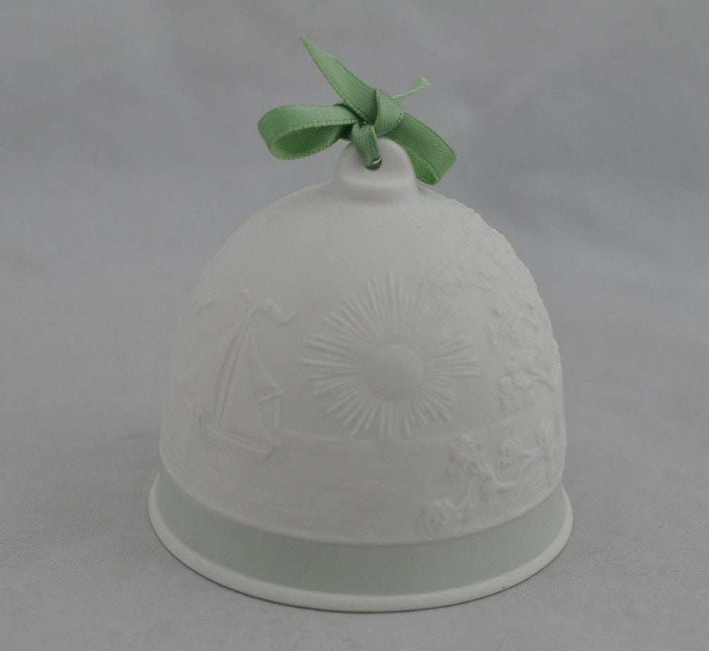 Lladro Collectors Christmas Green Bell Ornament Porcelain 1991-1994