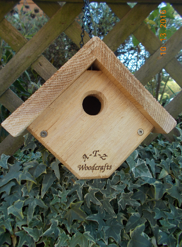 Hanging Wren V Nestbox