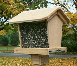 The Big 30 Bird Feeder-cedar-bird-feeder-USA