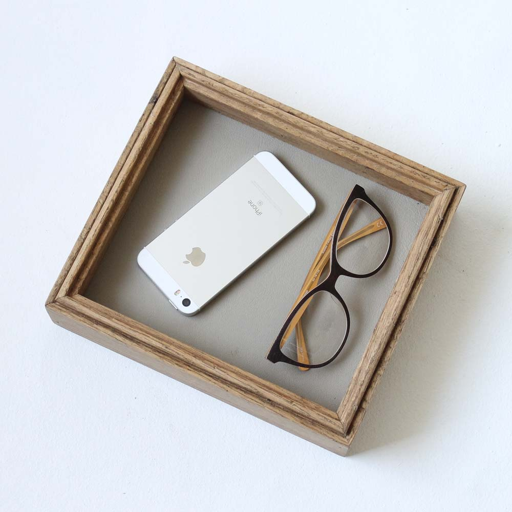 Canfield Valet Tray - Gray Leather + Warm Oak