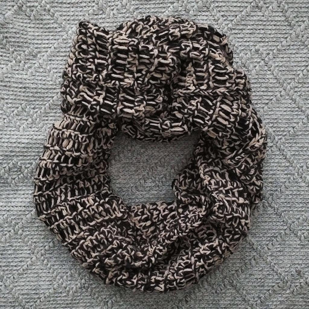 11/22 Introduction to Finger Crochet Workshop: Infinity Scarf on Friday November 22 at 6pm