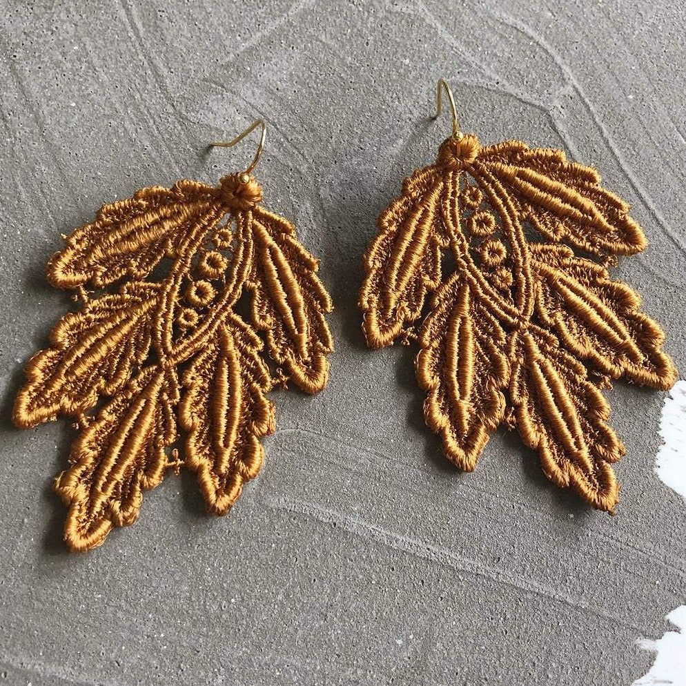 Mustard Leaf Venise Lace Earrings
