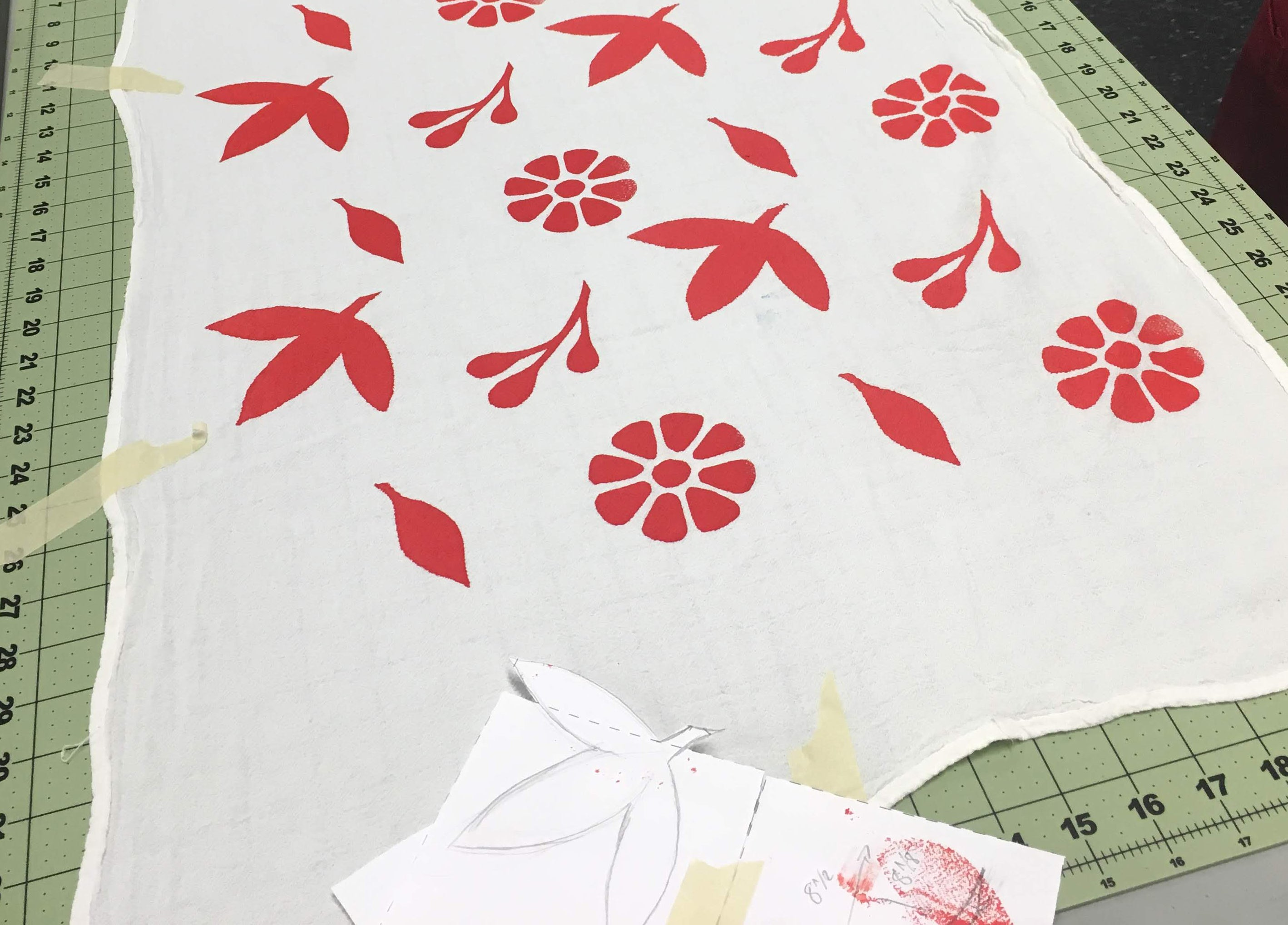 10/19 Textile Screen Printing Workshop: Fashion Scarf on Saturday October 19 at 10am