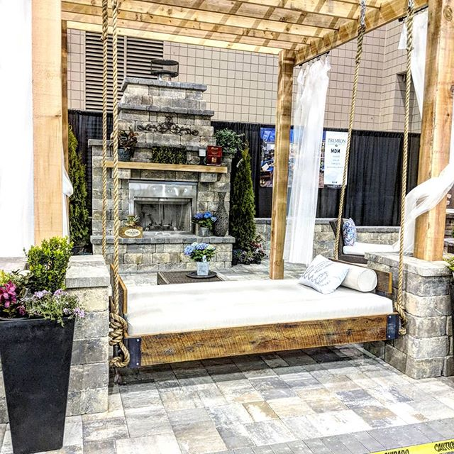 Thanks to the guys at @tremronatlanta our Buckhead swing was part of the best booth design!  #fouroakbedswings