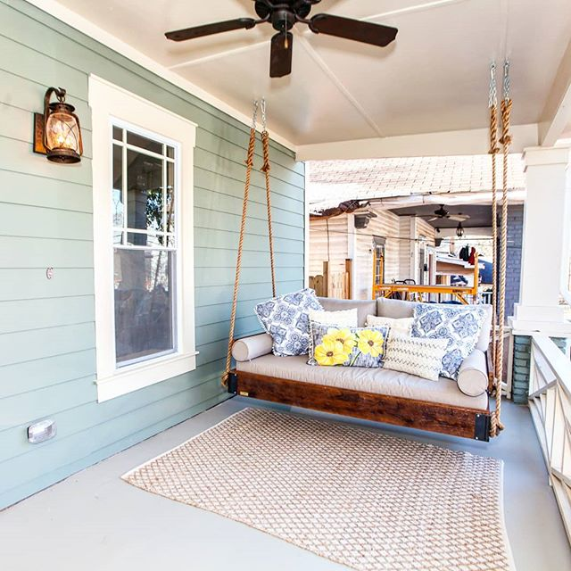 Our Buckhead Swing Featured On HGTV's Flip Or Flop Atlanta! . . #fouroakbedswings #bedsaremadeforswinging @hgtv @fliporflopatl #hgtv #bedswing #hangingbed #reclaimedwood #frontporch #interiordesign #outdoorlivingspace @redbarnhomes