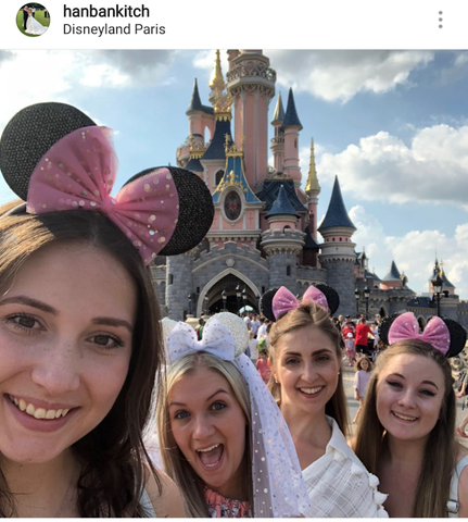 disneyland paris group photo selfie bride hen weekend