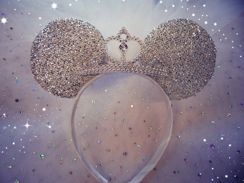 Minnie Mouse Veil with Tiara