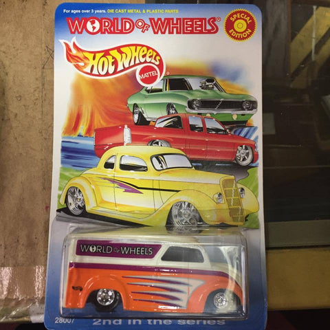 Hot Wheels - Dairy Truck - World of Wheels Orange w/graphics