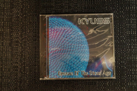 KYUSS/Queens of the Stoneage *split album* 1997 CD Art By Kozik