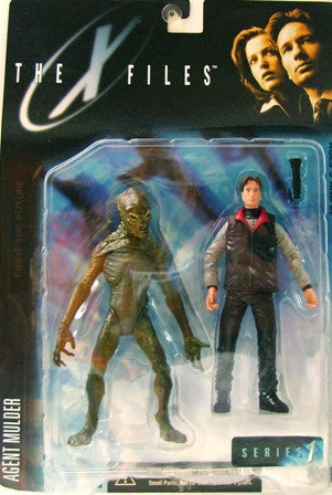 McFarlane - X-Files - Agent Fox Mulder (in Arctic Gear) with Alien