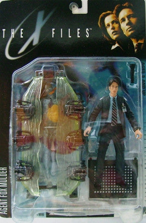 McFarlane - X-Files - Agent Fox Mulder with Human Host & Cryopod Chamber