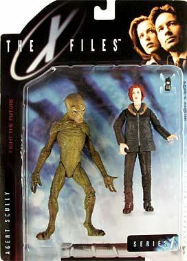 McFarlane - X-Files - Agent Dana Scully (in Arctic Gear) with Alien