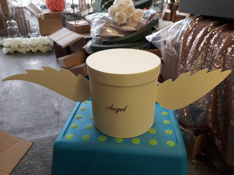 Angel wings small light yellow cardboard box for fresh flowers
