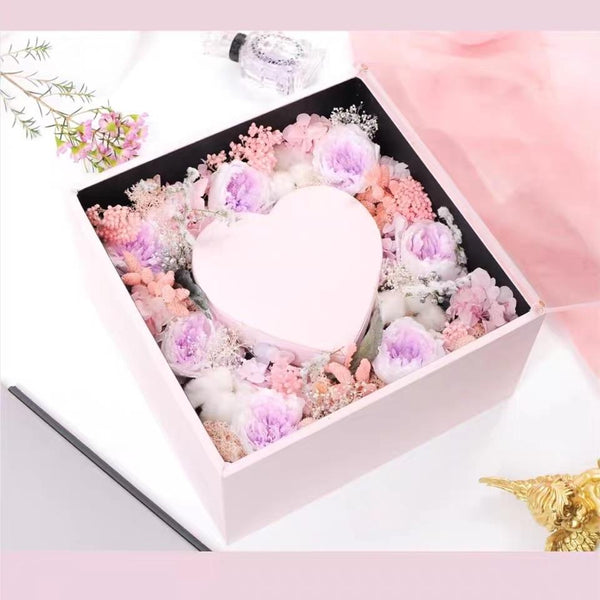 Crystal lover Pink acrylic cardboard box with heart inside