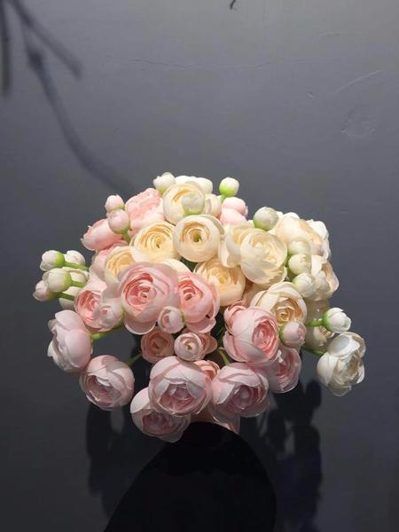 6xMini Silk flower Ranunculus bunch artificial wedding decor (light pink) - Viva La Rosa
