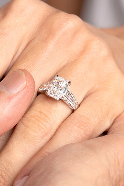 Shop Emerson Fine Jewelery for Engagement Rings
