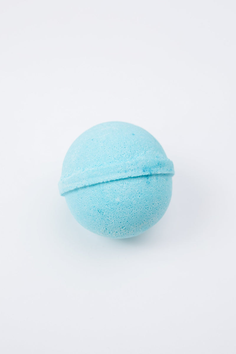 Cottage Garden Bath Bomb in Blue Christmas