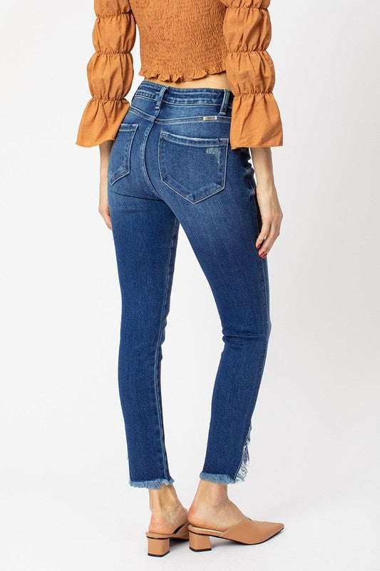 Ana High Rise Ankle Skinny Jeans