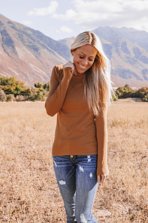 Vaness Long Sleeve Basic