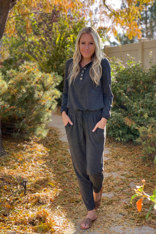 Liv Cropped Hoodie Jogger Set In Dark Grey