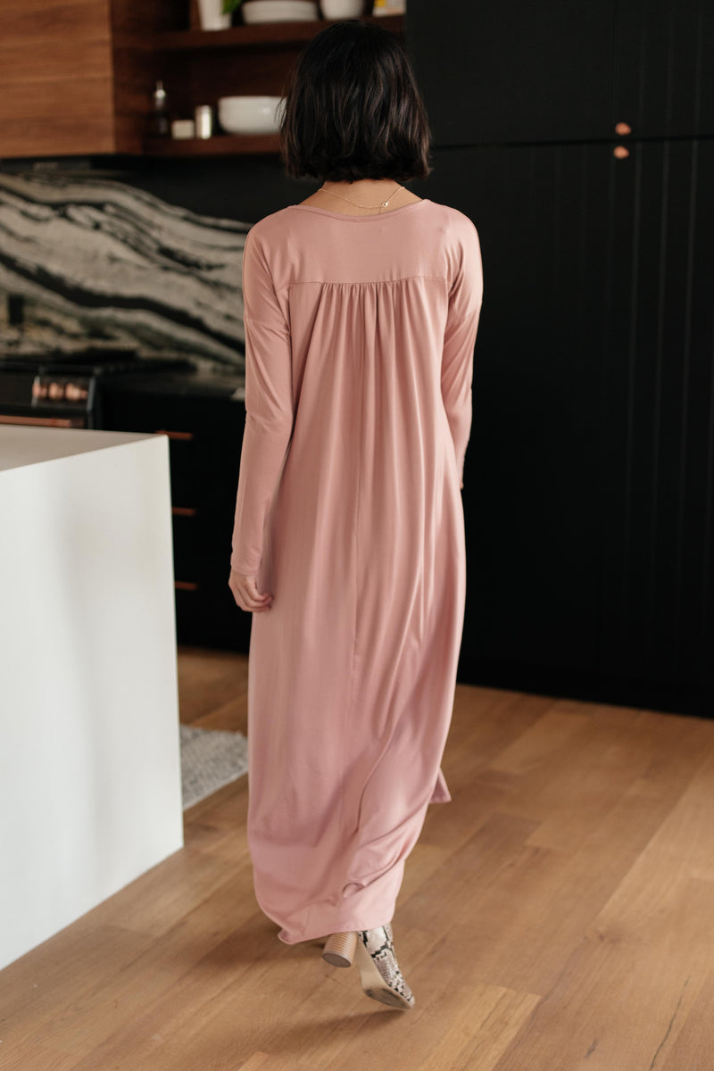 The Melanie Maxi Dress in Mauve