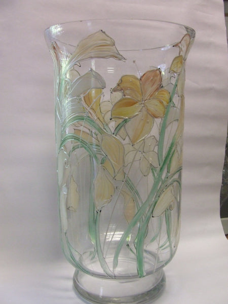 hurricane lamp cream lilies