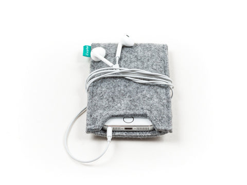 Light gray felt iPhone sleeve / iPhone 5 sleeve / iPhone 6 sleeve / iPhone 6 plus sleeve / iPhone 6S sleeve / iPhone 6S plus sleeve - designed and handmade by Gopher