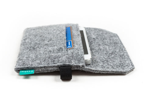 Light gray iPhone wallet with credit card pocket, flap and elastic strap and made from felt for iPhone 6s, iPhone 6s plus, iPhone 6, iPhone 6 plus, iPhone 5 - designed and handmade by Gopher