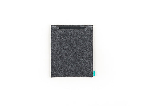 Basic dark gray felt Nexus sleeve for Nexus phones and Nexus tablets - design and handcrafted by Gopher