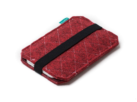 Red quilted felt case for Nexus 6p, Nexus 6, Nexus 5x, Nexus 5, Nexus 9 and Nexus 7 tablet and other Nexus devices - designed and handmade by Gopher
