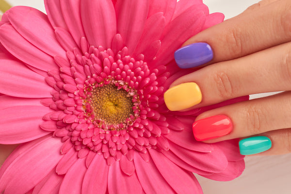 Tips for Choosing Nail Color
