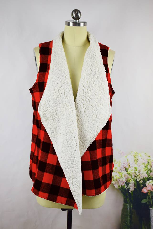 SHERPA LINED BUFFLAO PLAID VEST