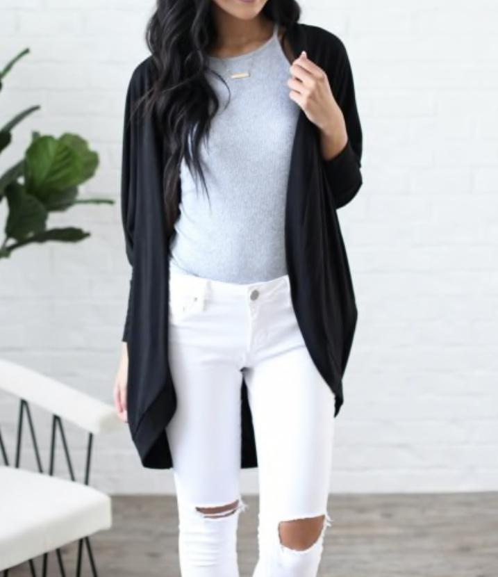 Effortless Style Cardigan w/Pockets - Black