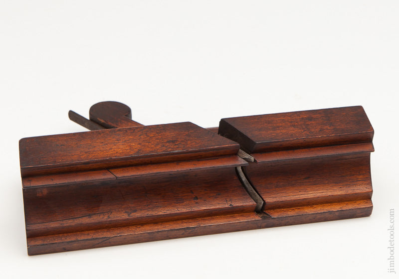 Crisp 2 9/16 inch Wide Moulding Plane by TAYLOR LIVERPOOL circa 1790-1851 FINE - 61179