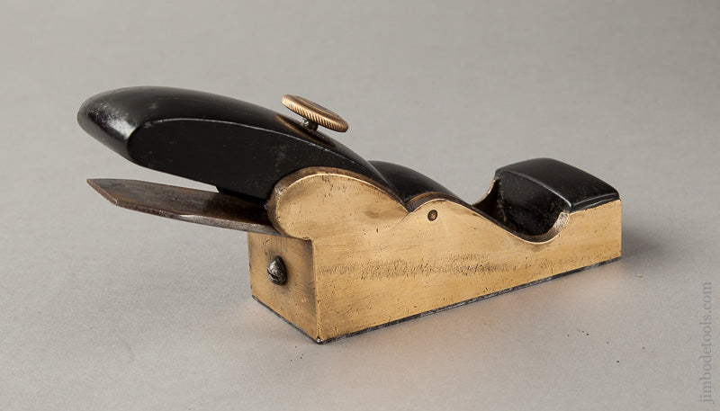 Stunning Ebony and Gunmetal Thumb Plane - 66480U