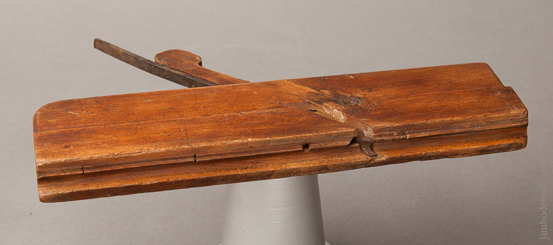 10 1/8 inch Molding Plane by T. PHILLIPS Pennsylvania circa 1790-1815 GOOD+ - 67888R
