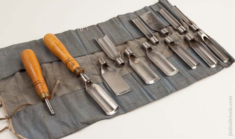 14 piece Carving Set MINT in Original Roll - 75644