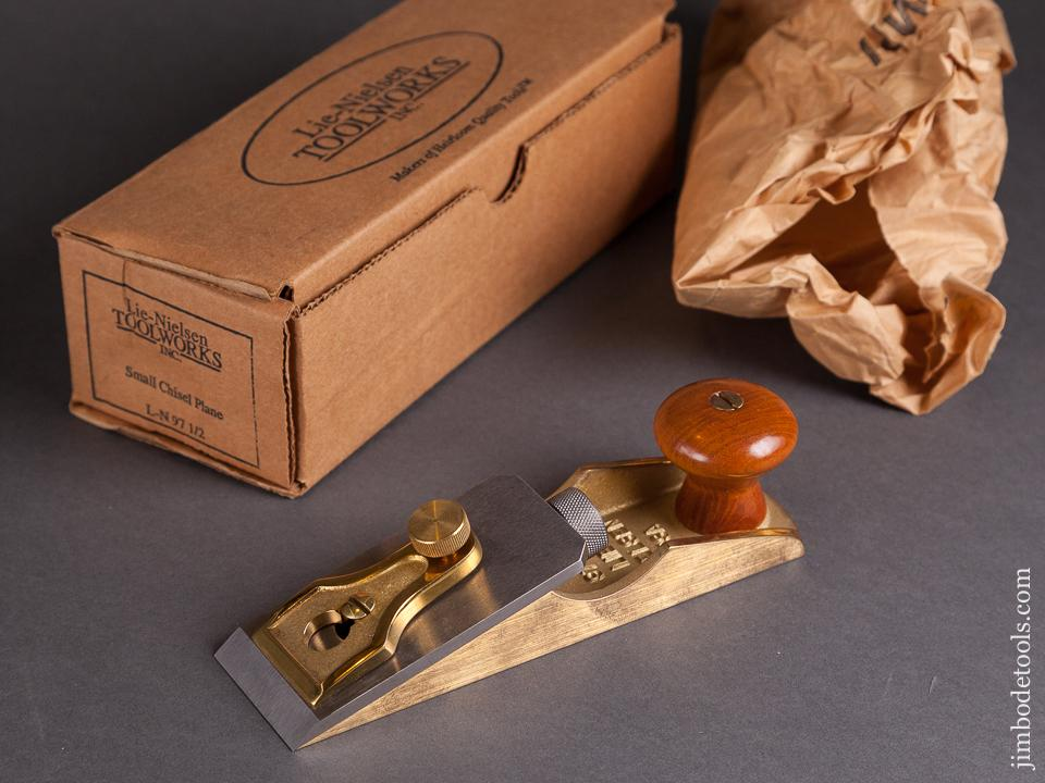 LIE-NIELSEN L-N 97 1/2 Small Chisel Plane MINTY in Original Box - 78758