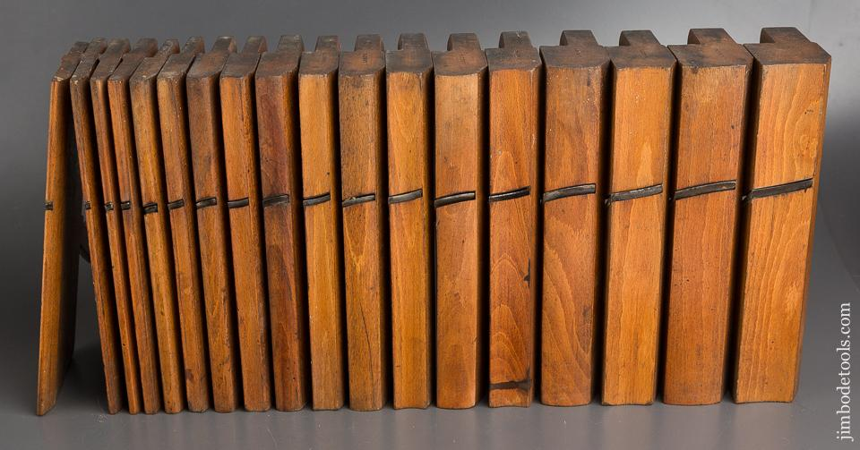 FINE Set of 18 Skewed Hollows & Rounds Moulding Planes by HIELDS NOTTINGHAM circa 1830-81 FINE - 82588