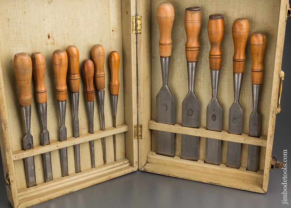 Clean Set of Twelve D.R. BARTON 1832 Socket Firmer Chisels in Wooden Box - 84035