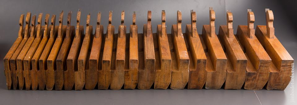 Crisp Clean Set of 22 Hollows & Rounds Molding Planes EVENS by M. CRANNELL ALBANY NY - 84800