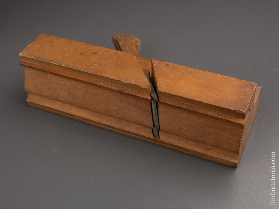 FAT 2 7/8 inch Wide! Complex Molding Plane by KENNEDY HARTFORD circa 1796-1830 NEAR MINT! - 87181