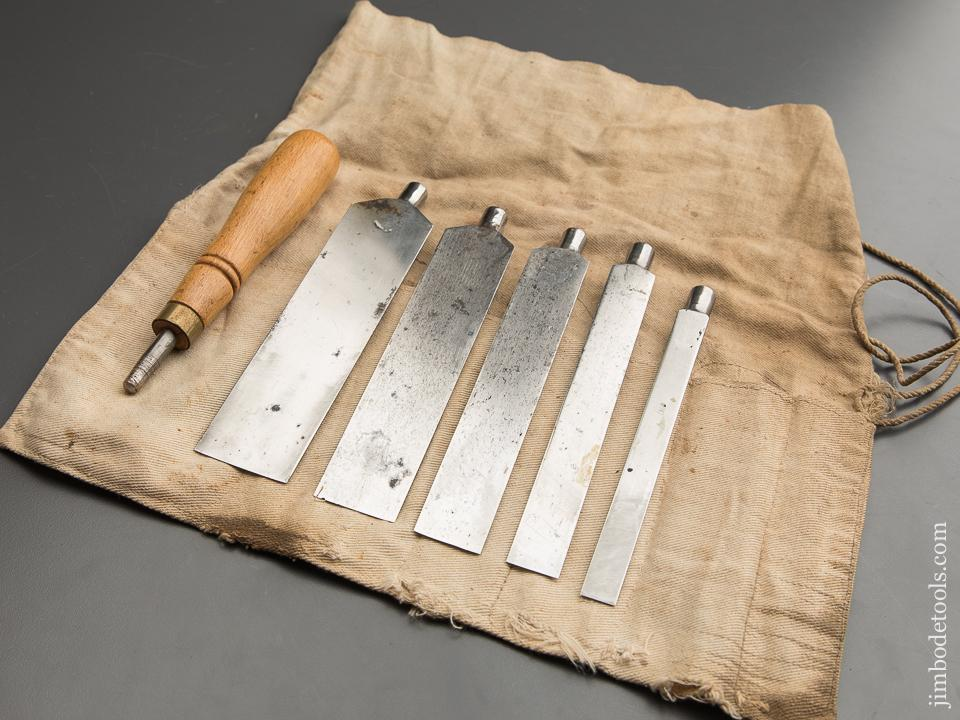 Five Piece ADAMS & NELSON Pattern Maker's Offset Chisel Set in Canvas Roll - 87685