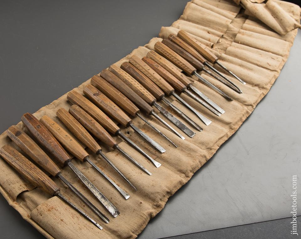 19 ADDIS Carving Chisels in Roll - 88697