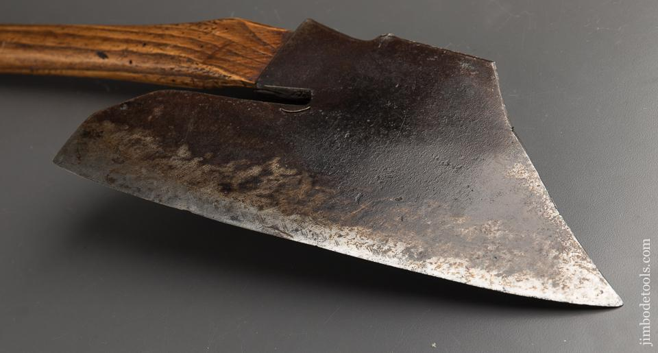 "Awesome! Pennsylvania Goose Wing Axe Left-handed Signed ""JST"" - 90290"