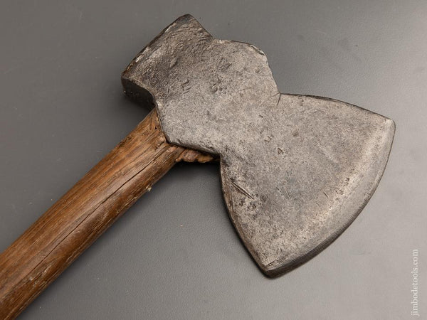 DOUGLASS AXE CO 6 1/2 x 17 inch WM. HUNT Single Bevel Side Axe - 90915