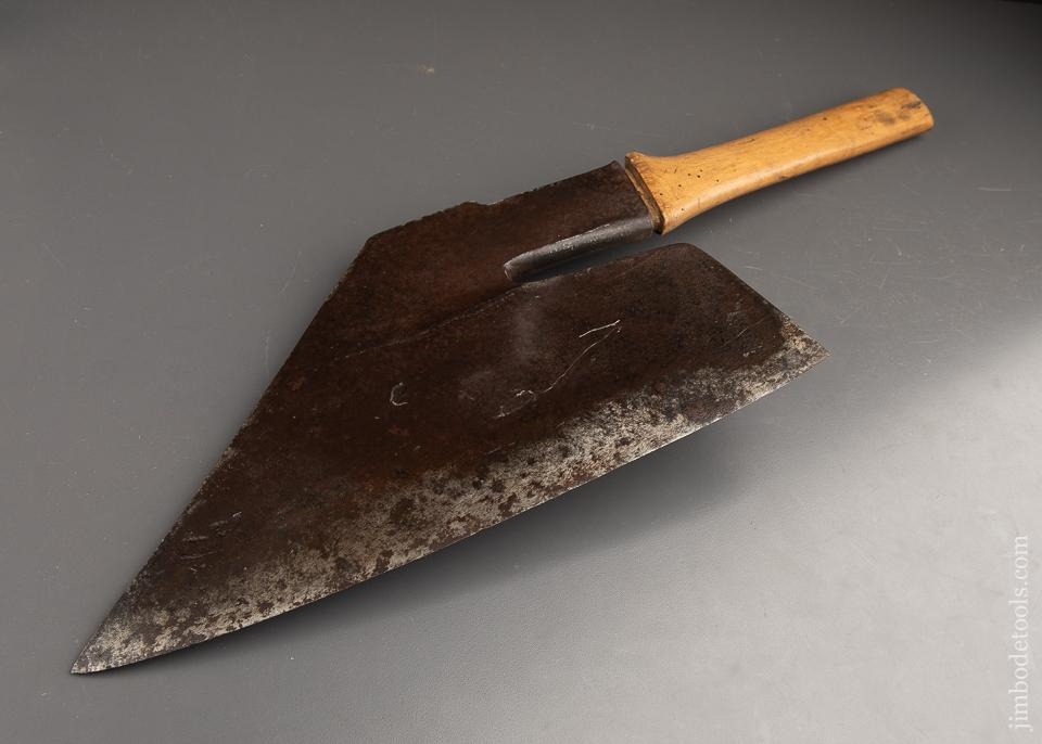 Fantastic! Goose Wing Axe - 91692